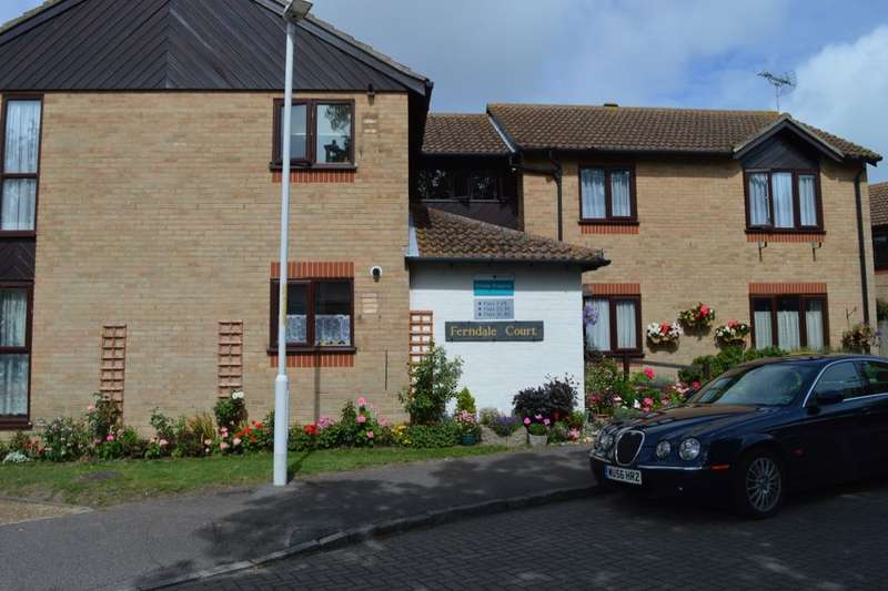 2 Bedrooms Flat for sale in Barrows Close, Birchington, CT7