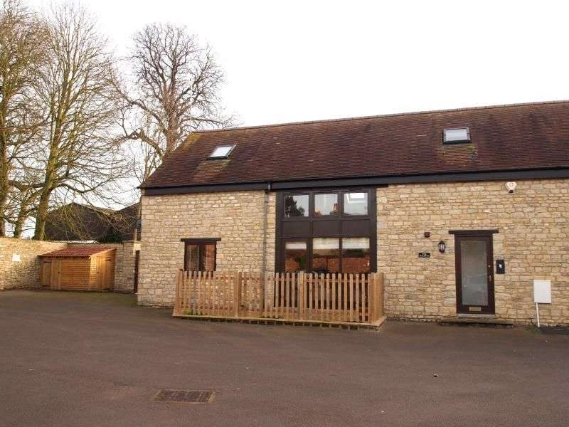 2 Bedrooms Flat for rent in Manor Courtyard, Sherington, Newport Pagnell, MK16