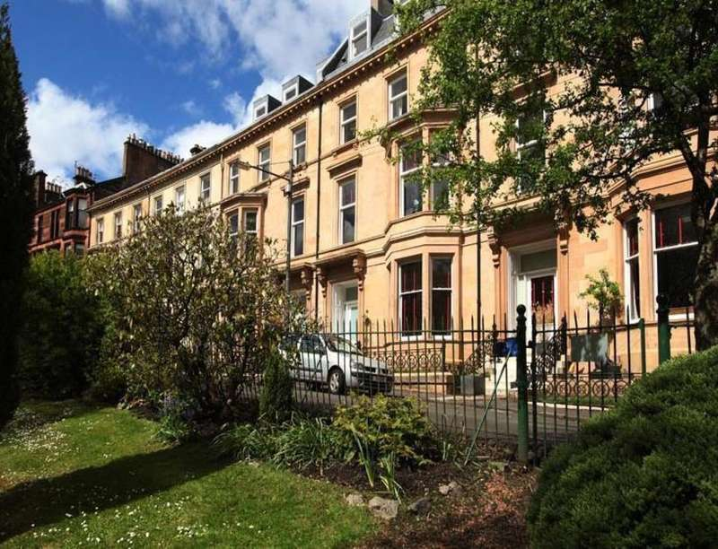 2 Bedrooms Flat for rent in Botanic Crescent, Glasgow, G20
