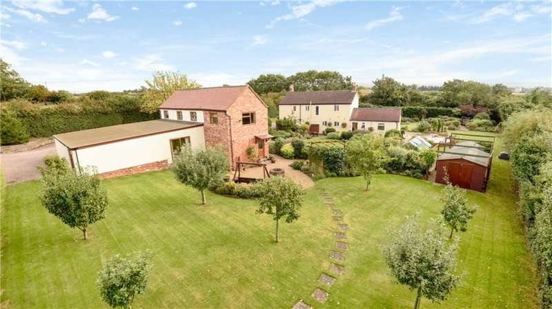 6 Bedrooms Detached House for sale in Old Gloucester Road, Hayden