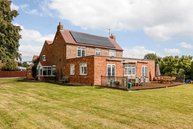 5 Bedrooms Detached House for sale in Cold Elms, Norton