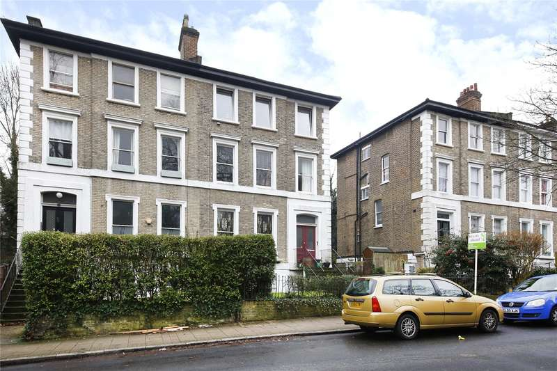 2 Bedrooms Apartment Flat for sale in Thicket Road, London
