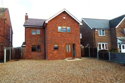 3 Bedrooms Detached House for rent in Cheddington