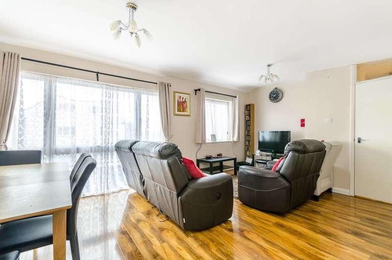 2 Bedrooms Maisonette Flat for sale in Ham View, Croydon, CR0