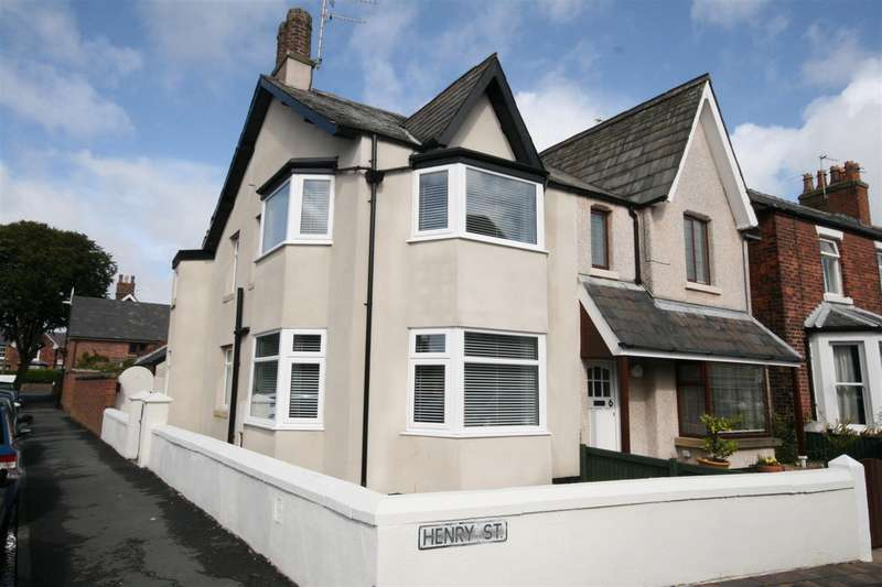 2 Bedrooms Semi Detached House for sale in Beach Street, Lytham