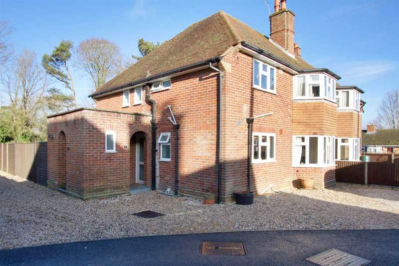 2 Bedrooms Apartment Flat for sale in Garston Mede, Chilbolton
