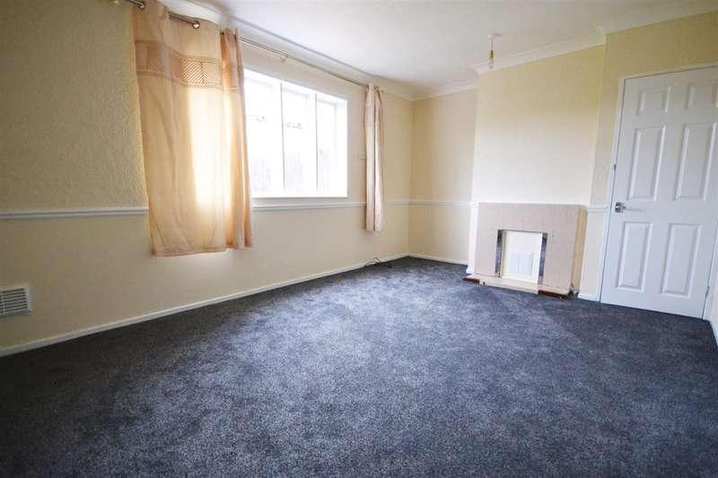 3 Bedrooms Semi Detached House for rent in Ridgewell Avenue, Orsett