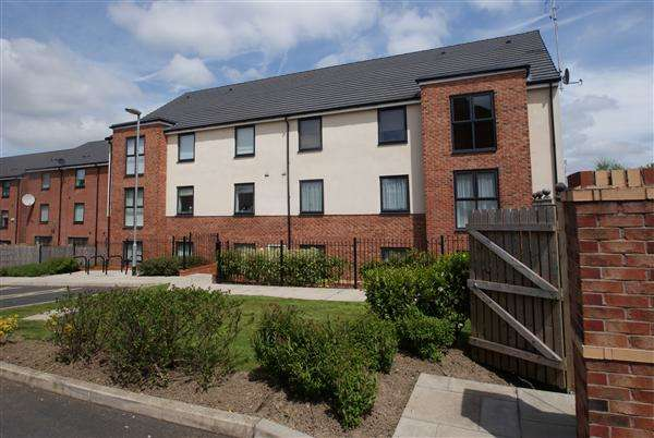 2 Bedrooms Apartment Flat for rent in Manchester Street, Heywood