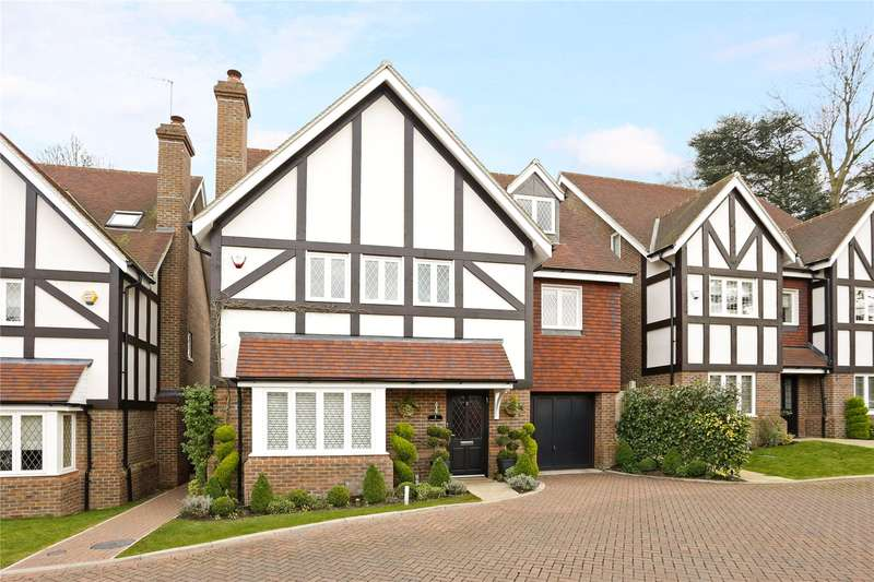 5 Bedrooms Detached House for sale in Branston Close, Watford, Hertfordshire, WD19
