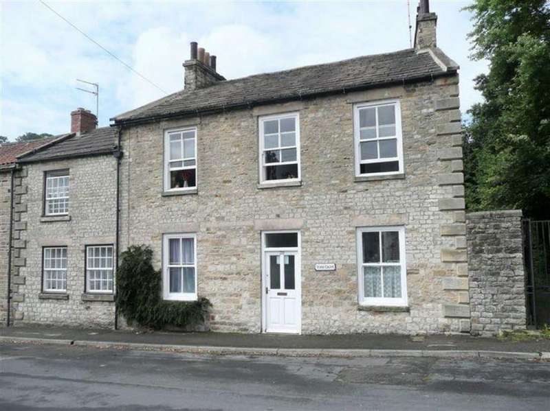 3 Bedrooms End Of Terrace House for sale in The Green, Richmond, North Yorkshire