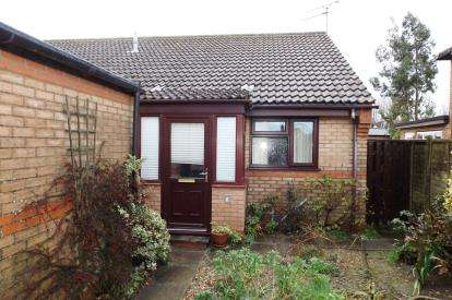 2 Bedrooms Bungalow for sale in Bacton, Stowmarket, Suffolk