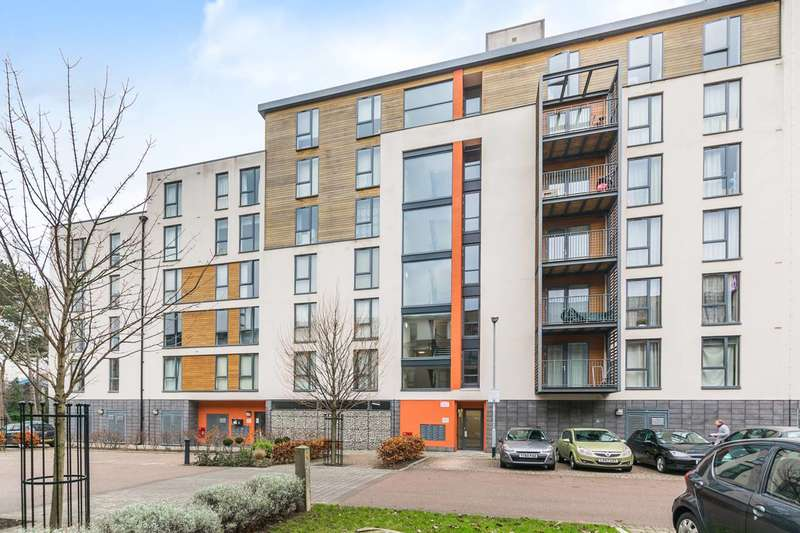 2 Bedrooms Flat for sale in Galton Court, Colindale, NW9