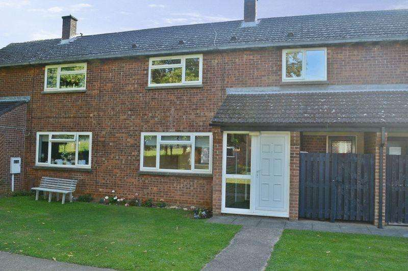 3 Bedrooms Town House for sale in North Drive, Cranwell