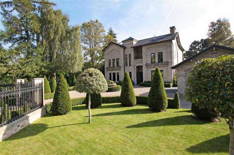 6 Bedrooms Detached House for sale in Barrow Lane, Hale, Altrincham