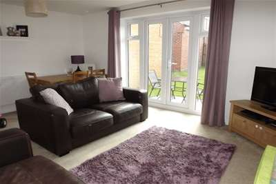 3 Bedrooms Semi Detached House for rent in Kenny Avenue, Wilford