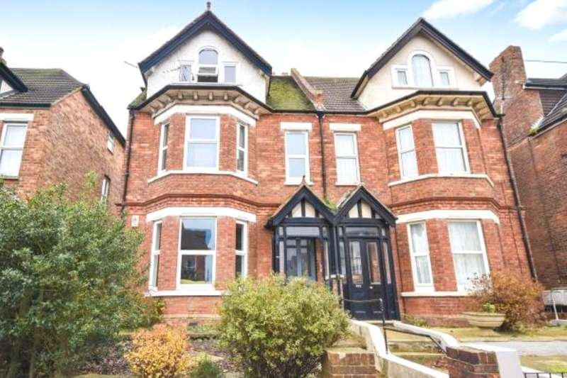 1 Bedroom Flat for sale in Cheriton Road, Folkestone, CT19