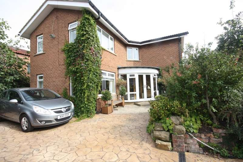 3 Bedrooms Detached House for sale in Westgate, Guisborough, TS14