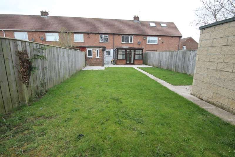 3 Bedrooms Terraced House for sale in Woodhouse Road, Guisborough, TS14