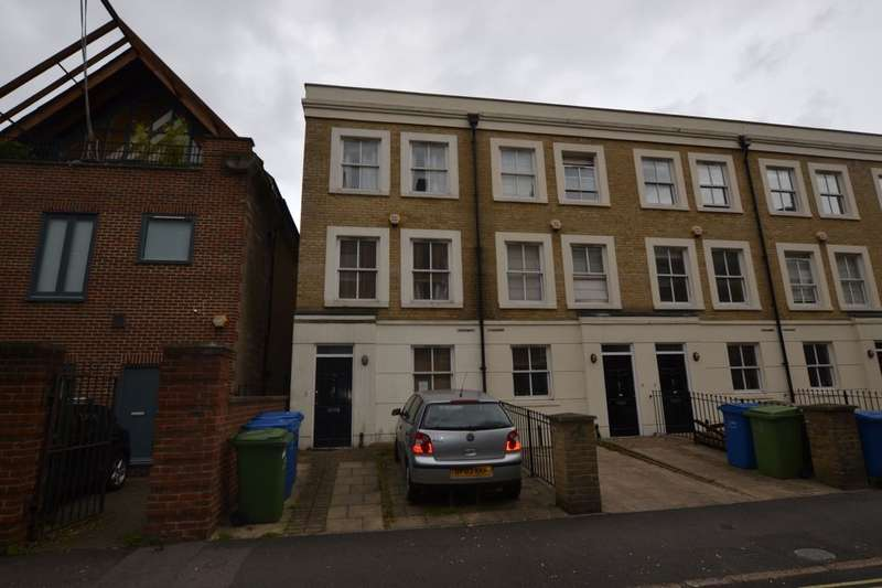 4 Bedrooms Terraced House for sale in Morecambe Street, London, SE17