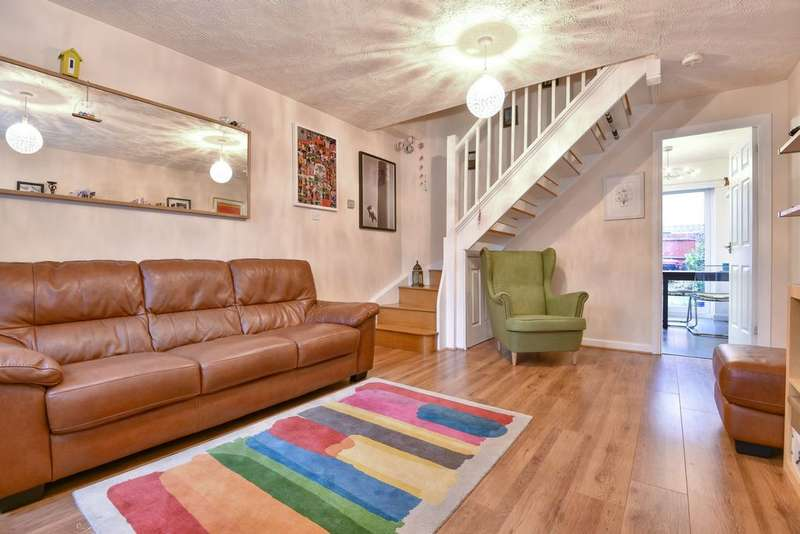 2 Bedrooms Terraced House for sale in Kangley Bridge Road, Sydenham, SE26