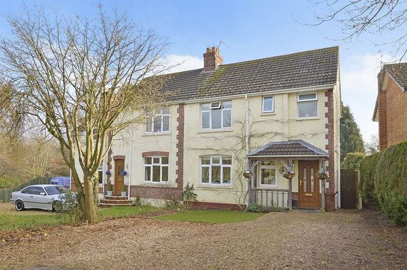 4 Bedrooms Semi Detached House for sale in Church Road, Three Legged Cross, Wimborne