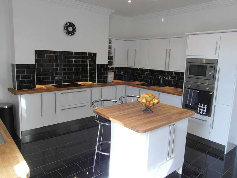 4 Bedrooms Property for sale in Hedley Terrace, South Hetton, South Hetton, Durham, DH6 2UE
