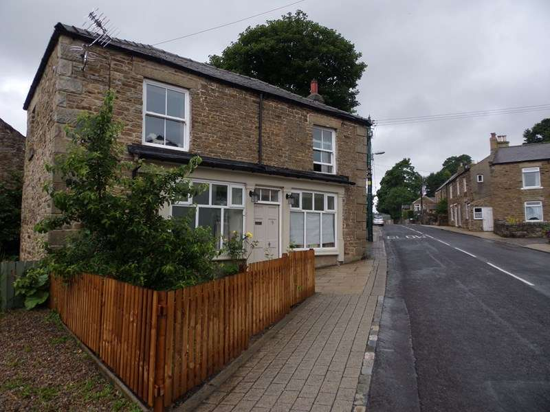 3 Bedrooms Property for sale in Front Street, Wearhead, County Durham, Durham, DL13 1BQ