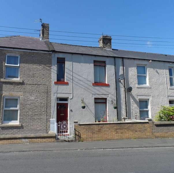 3 Bedrooms Property for sale in Swarland Terrace, Red Row, Morpeth, Northumberland, NE61 5AW