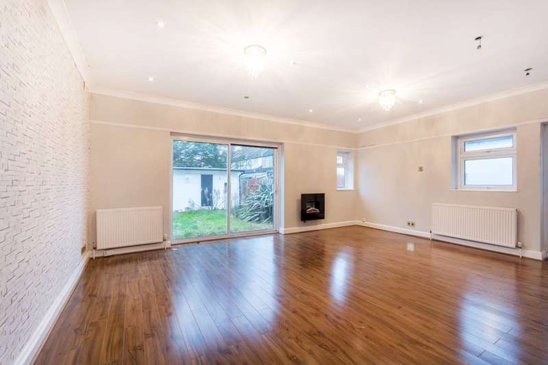4 Bedrooms House for rent in Galpins Road, Norbury, CR7