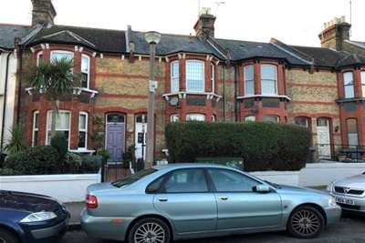 3 Bedrooms Terraced House for rent in Crescent Road, Ramsgate
