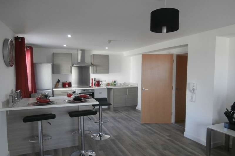 2 Bedrooms Flat for rent in Parkwood Rise, Keighley, BD21