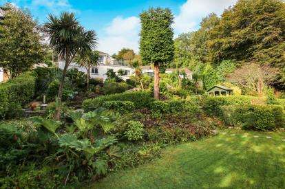 4 Bedrooms Detached House for sale in St Austell, Cornwall, Uk
