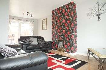 2 Bedrooms Semi Detached House for rent in Horton Avenue, Shiremoor, Newcastle upon Tyne, NE27 0PX