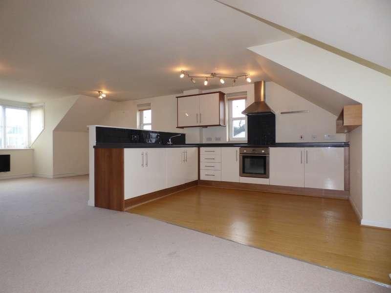 2 Bedrooms Apartment Flat for rent in Henconner Lane, Bramley, Leeds, LS13 4LD
