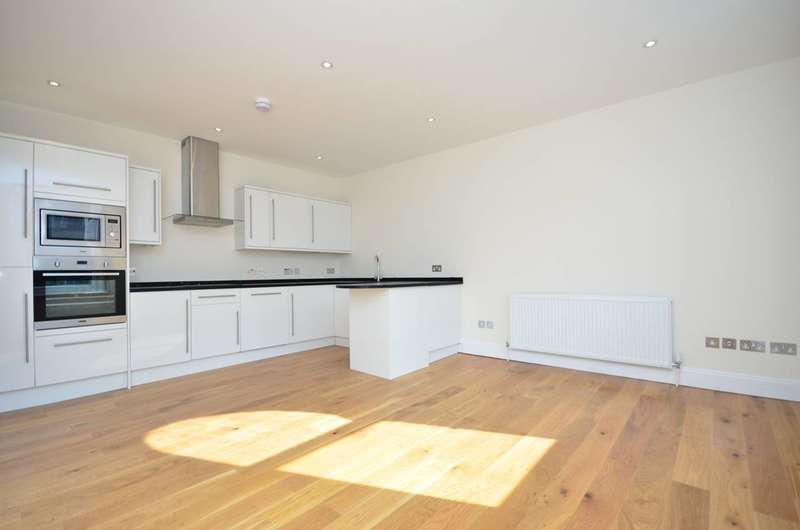 2 Bedrooms Flat for sale in Whitechapel Road, Whitechapel, E1