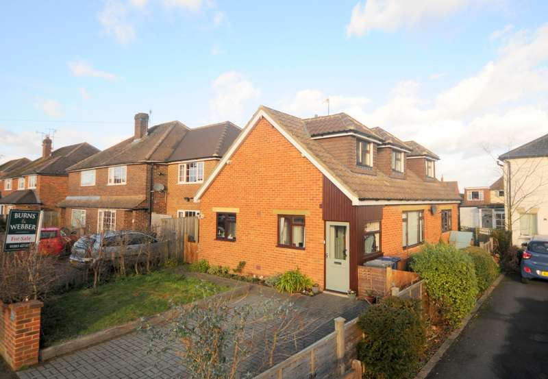 4 Bedrooms Detached Bungalow for sale in Farncombe
