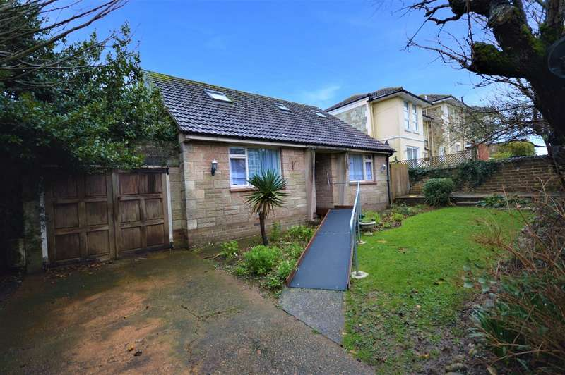 4 Bedrooms Chalet House for sale in Leed Street, Sandown