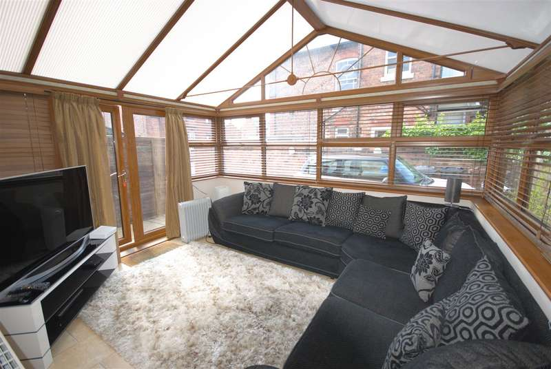 4 Bedrooms Detached House for sale in Eccleston Street, Swinley, Wigan