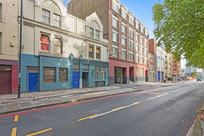 1 Bedroom Flat for sale in Bow Road, London, E3