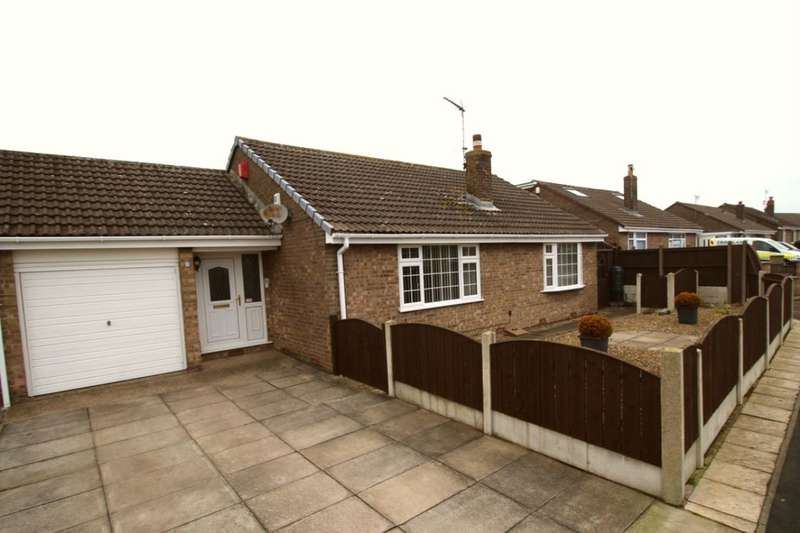 3 Bedrooms Bungalow for sale in School Lane, Bempton, Bridlington, YO15