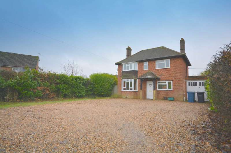 3 Bedrooms Detached House for rent in Acres End, Amersham HP7