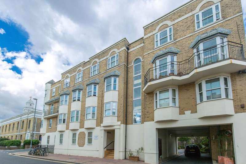 2 Bedrooms Retirement Property for sale in St. Georges Road, Brighton