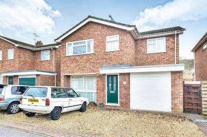 4 Bedrooms Detached House for sale in Bennet Close, Stony Stratford, Milton Keynes, Bucks