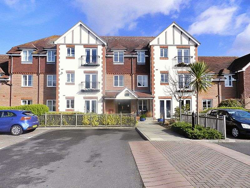 1 Bedroom Property for sale in Pegasus Court (Rustington), Rustington, BN16 3NS