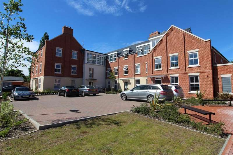 2 Bedrooms Apartment Flat for sale in Rowland Court, Abbey Foregate, Shrewsbury