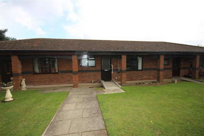 1 Bedroom Semi Detached Bungalow for sale in St Claires Court, Lincoln, Lincolnshire