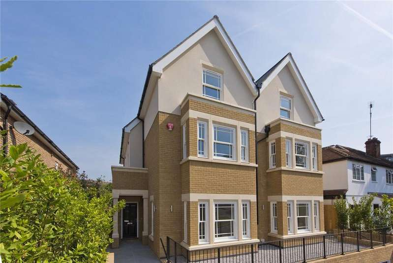 4 Bedrooms Semi Detached House for sale in Baker Street, Weybridge, Surrey, KT13