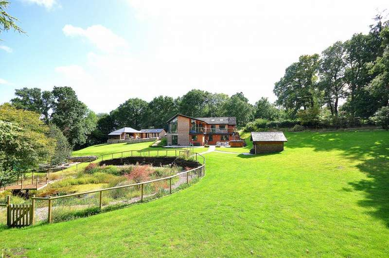5 Bedrooms Detached House for sale in NEW FOREST Highwood, Ringwood, Hampshire, BH24 3LZ