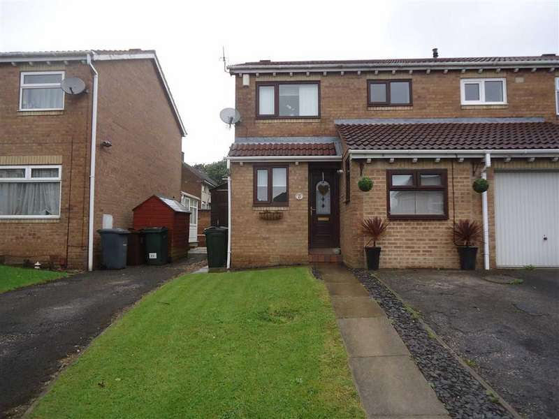 4 Bedrooms Semi Detached House for sale in Linnhe Avenue, Bradford, West Yorkshire, BD6