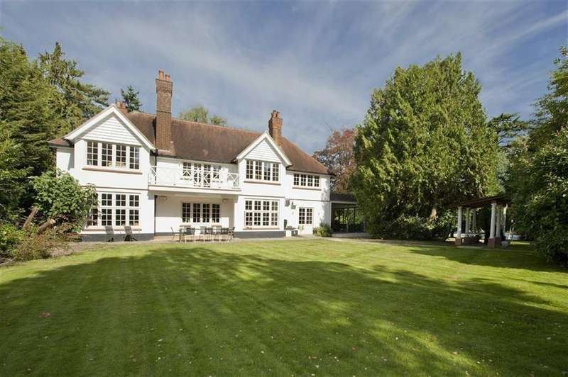 5 Bedrooms Detached House for sale in Horseshoe Lane, Totteridge, London